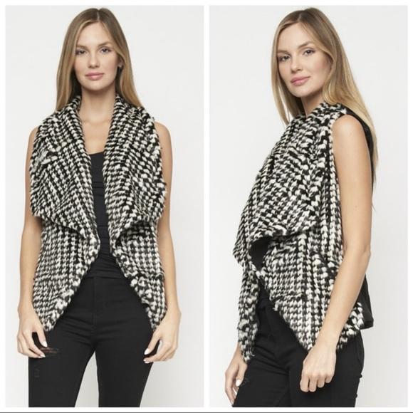 Jou Jou Jackets & Blazers - NEW Faux Fur Black White Houndstooth Vest